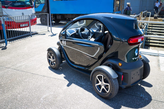 renault twizy electronic car with cyber design