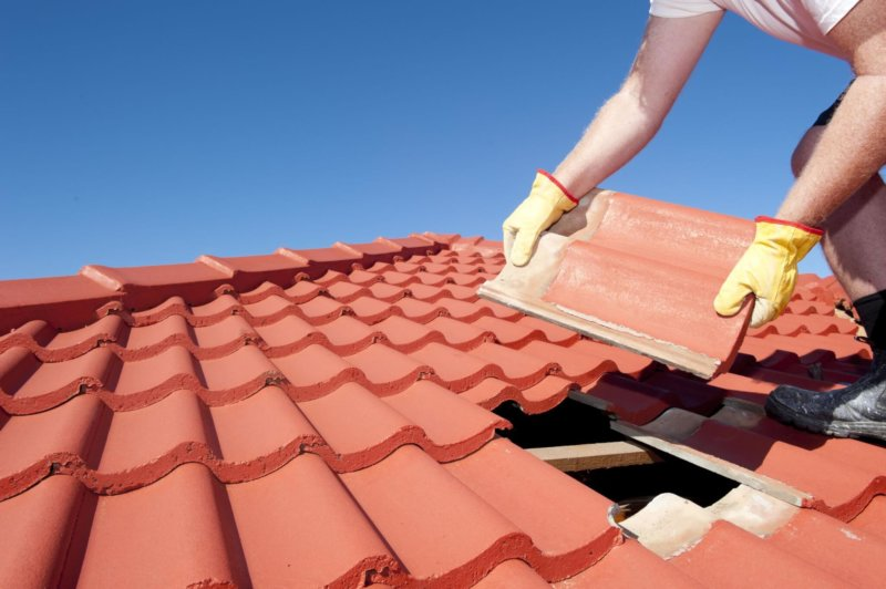 Are You A Roofer? This Is The Insurance You Should Have